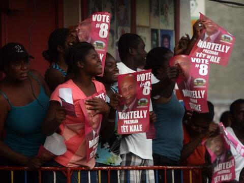 Los haitianos esperaban que las elecciones nacionales trajeran mejoras,...