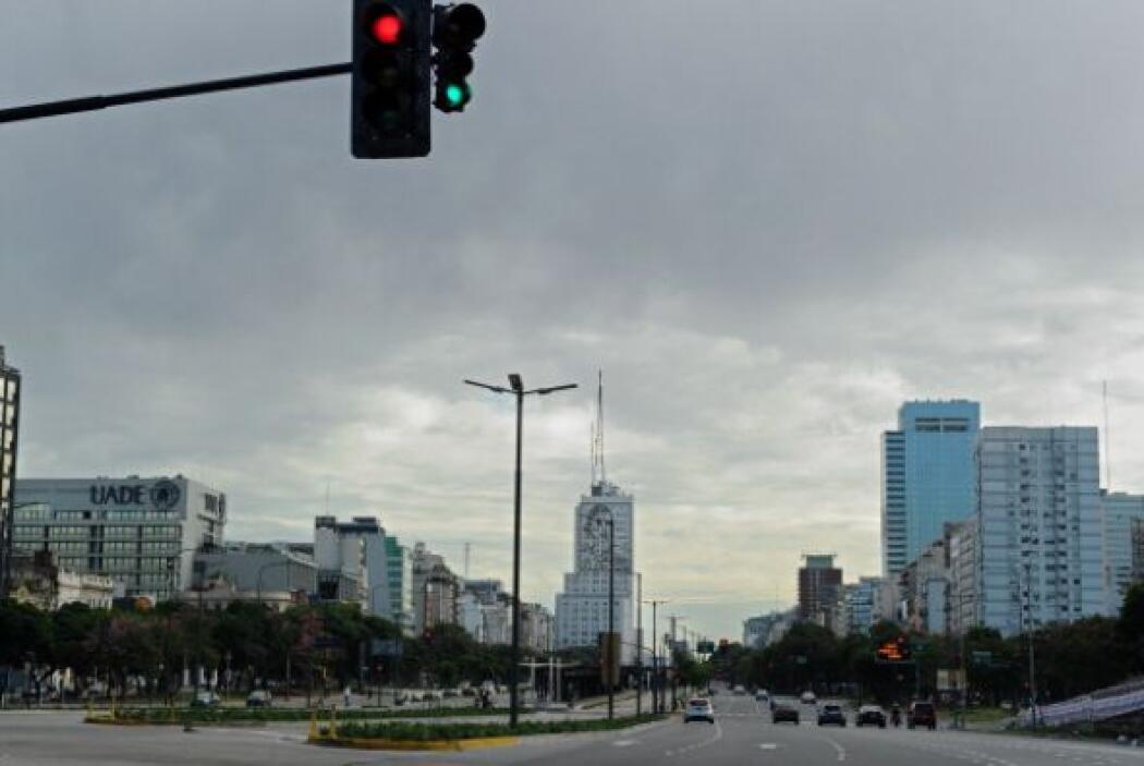 Argentina cuenta con 10 millones de trabajadores registrados, un 40 por...