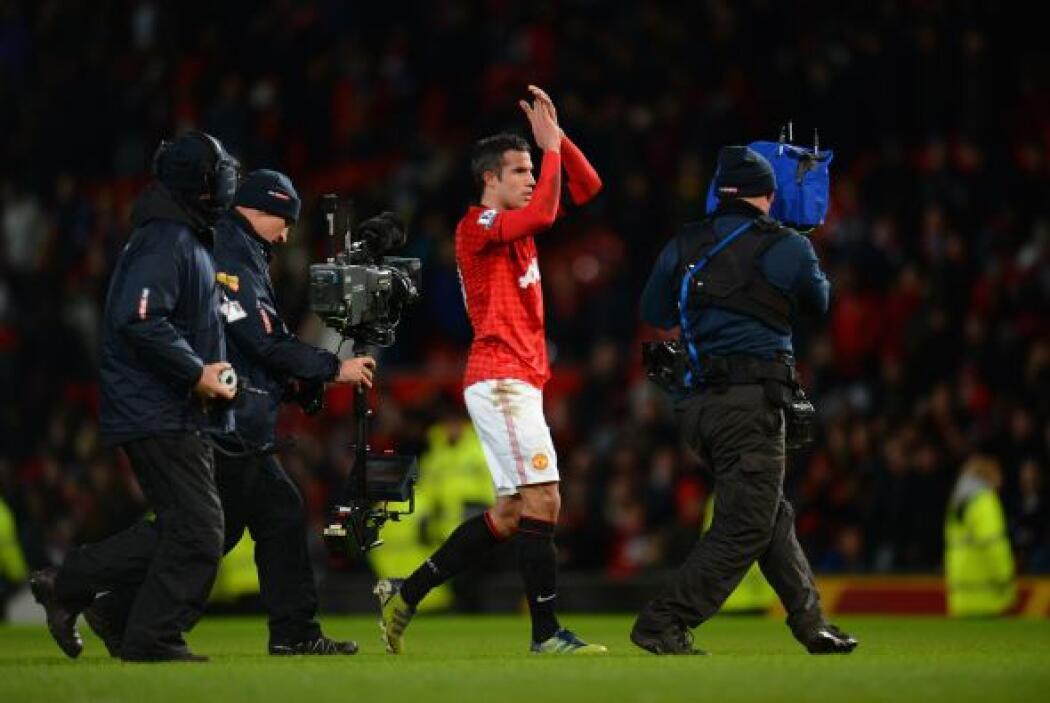 Manchester United se reafirmó en la punta del torneo inglés, ahora 12 pu...