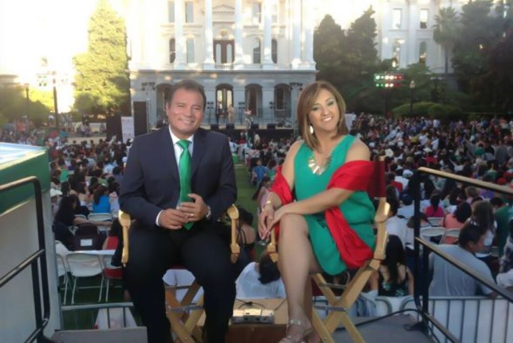 Martha Minjárez y Jairo Díaz Pedráza animando el evento
