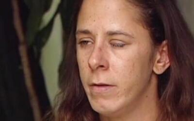 FL: Le echan pegamento en vez de gotas para los ojos