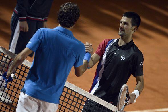 Y en semifinales 'Nole' acabó con el suizo Roger Federer por 6-2 y 7-6(4).