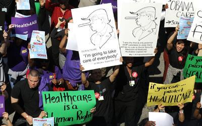 'Los Ángeles en un Minuto': cientos de personas marcharon en contra de l...
