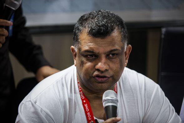 En el mismo lugar estuvo Tony Fernandes, CEO de AirAsia.