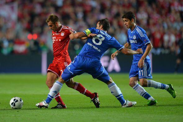 Supercopa EuropaaEl chelsea controló bien al Bayern y lo siguió intentan...