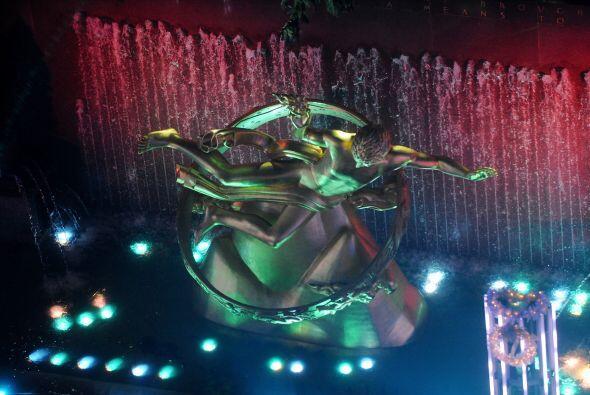 El show continuó con la presencia de Lady Gaga y Tony Bennett, qu...