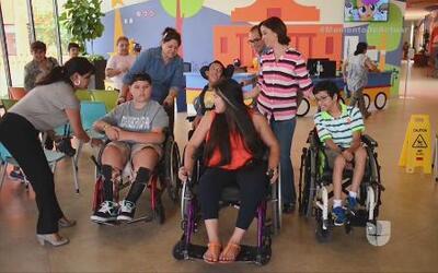Arantxa Loizaga visitó por primera vez el CRIT San Antonio