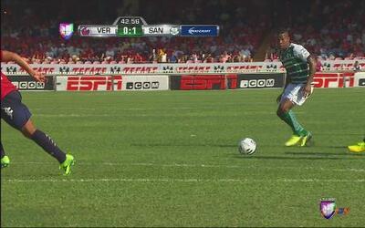 Andrés Rentería anota el 1-0 para Santos