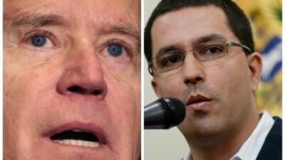 Joe Biden y Jorge Arreaza, respectivos vice-presidentes de Estados Unido...