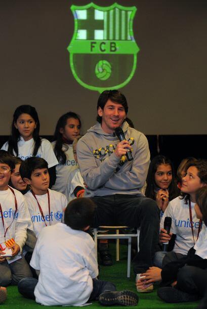 Messi convivió con niños en acto de Unicef