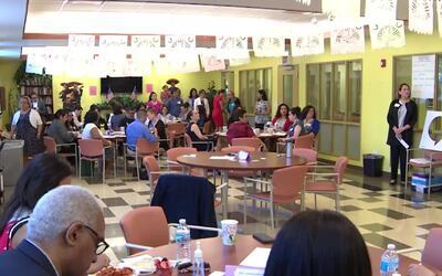 'Chicago en un Minuto': integrantes de la comunidad latina se reúnen en...