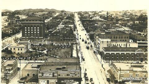 Tranvías en la calle Oregon en El Paso en 1910.
