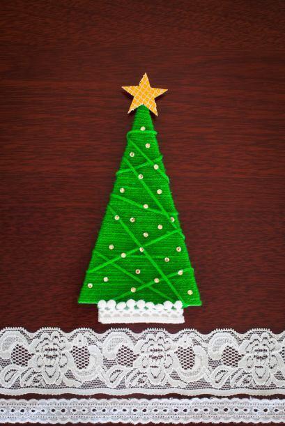 Árbol de Navidad casero. Si este año no alcanza el presupuesto para comp...