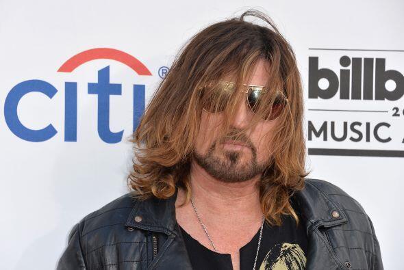 Billy Ray Cyrus, ¿dónde dejaste a Miley... y a tu cepillo....
