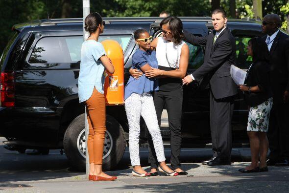 La esposa e hijas del presidente de EEUU visitaron el Monumento al Holoc...