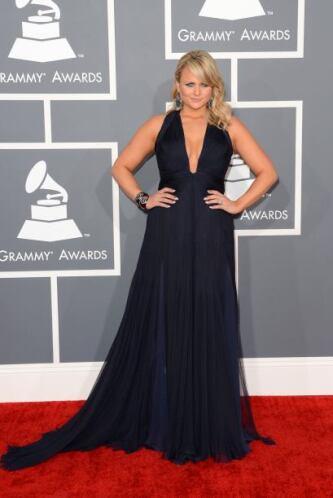 Miranda Lambert fue otra de las que dijo que enseñaría un poco en esta p...