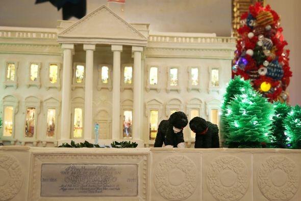 Durante la inauguración de la decoración navideña d...