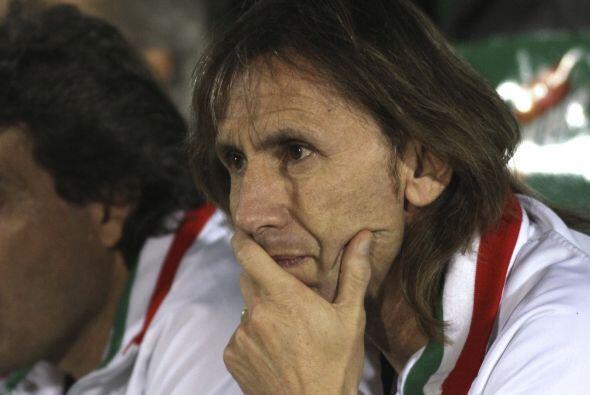 El ´padre futbolero´ de este Vélez, Ricardo Gareca, técnico que está des...