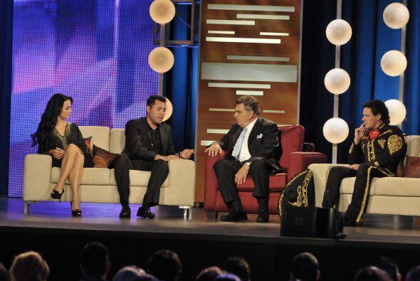 Y así en una charla entre amigos regresó Don Francisco a Univision.