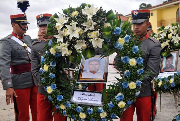 Cancillería informó en un comunicado que los cuerpos de Byron Mauricio B...