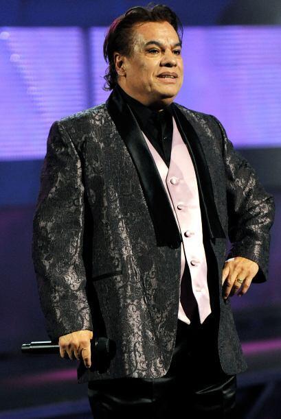 """El """"amor eterno"""" de Juan Gabriel ha darse unas cuantas """"ayudaditas"""" para..."""