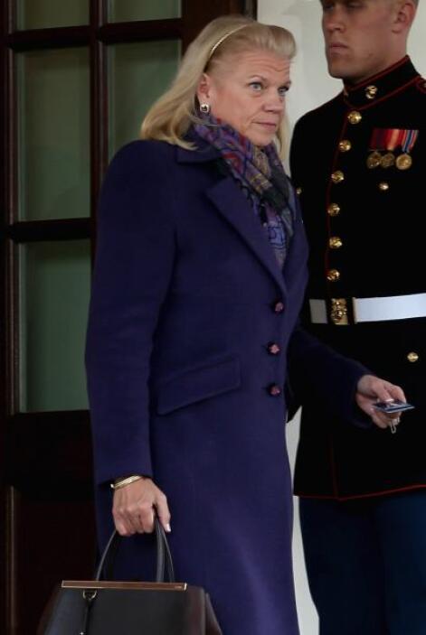 10.- VIRGINIA ROMETTY: Tiene 56 años. Es la CEO de IBM.