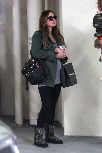 Megan ya tiene siete meses de embarazo. Más videos de Chismes aqu...