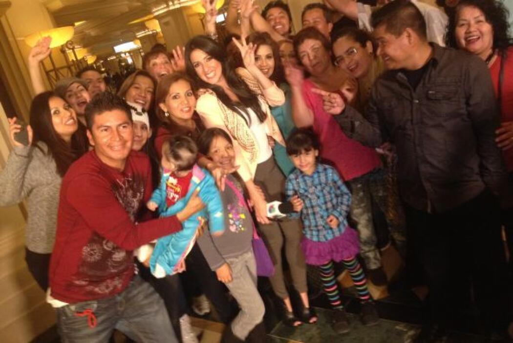 Todos muy animados rumbo a la fiesta a los Latin Grammy 2013.
