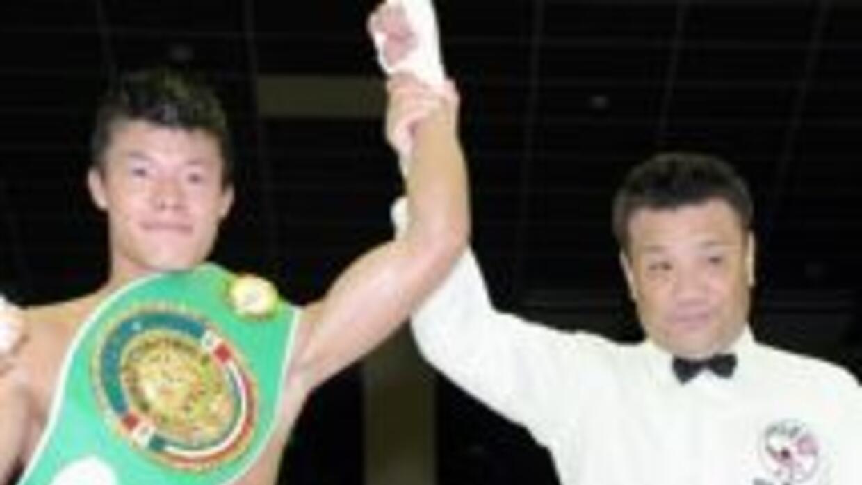 """Tomoki """"Mexicanito"""" Kameda retuvo el campeonato mundial juvenil peso Gal..."""