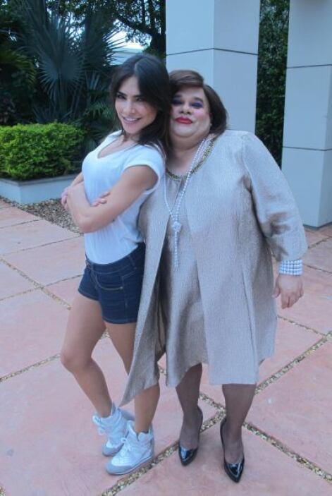 """Alejandra Espinoza y Lupe de Molina son dos de nuestras bellas en """"El Go..."""