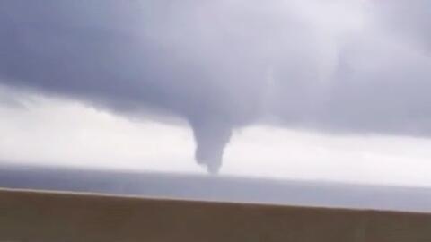 Tornados y potentes lluvias azotan el sureste del país