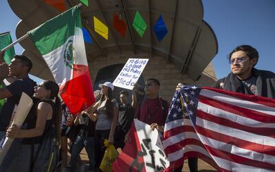 Estudiantes de Los Ángeles marcharon por el este de Los Án...
