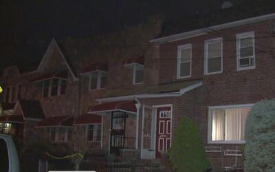 Investigan la muerte de una anciana en su apartamento de Brooklyn