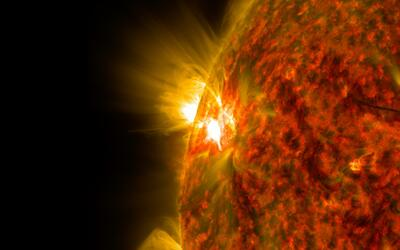 ¿Qué es una llamarada solar?