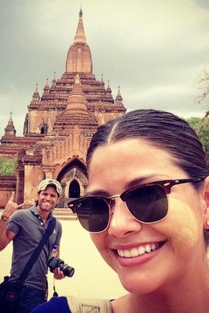 Ana y Luis de visita por los Templos de Bagan. (Junio 14, 2014)