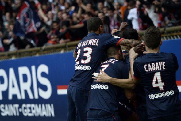 Francia: El Paris Saint Germain está a milímetros de hilar títulos por p...
