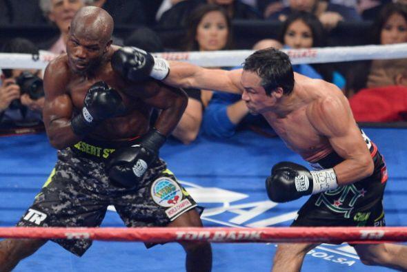 Pero tuvo más oportunidades a la distancia que en la pelea adentro, que...