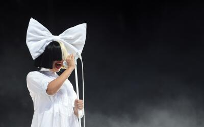 CHELMSFORD, ENGLAND - AUGUST 20: Sia performs at V Festival at Hylands P...