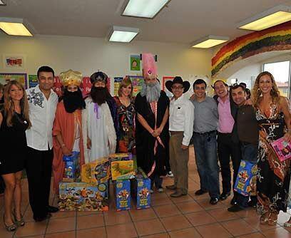 ¡Foto, foto, foto! Y la foto de rigor con los Reyes Magos lleg&oac...