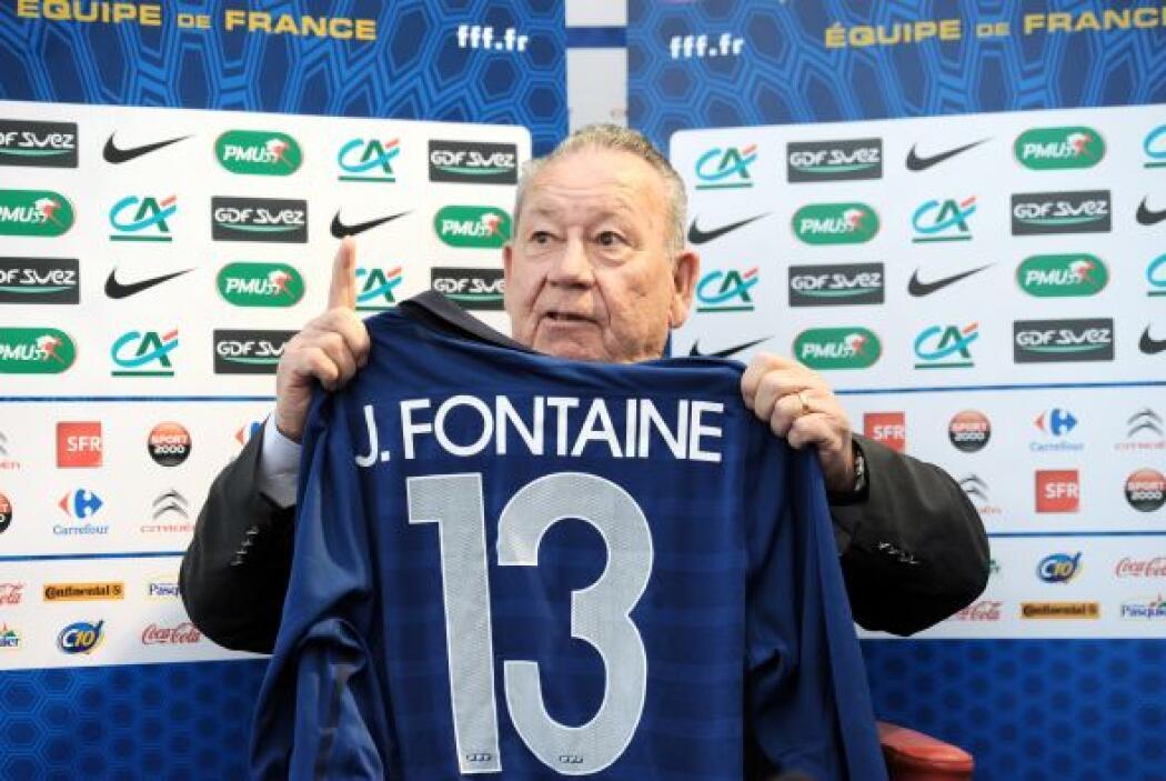 Just Fontaine es un exfutbolista francés nacido en Marruecos. Lidera la...