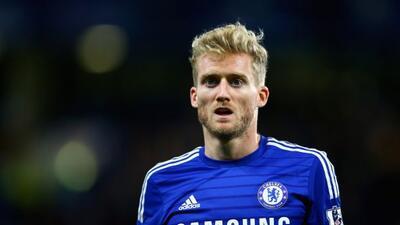 El volante alemán abandona al Chelsea para ser titular en el Wolfsburgo...