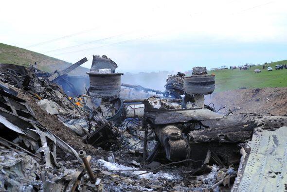 Los cuerpos de dos pilotos habían sido recuperados esta mañana hacia las...