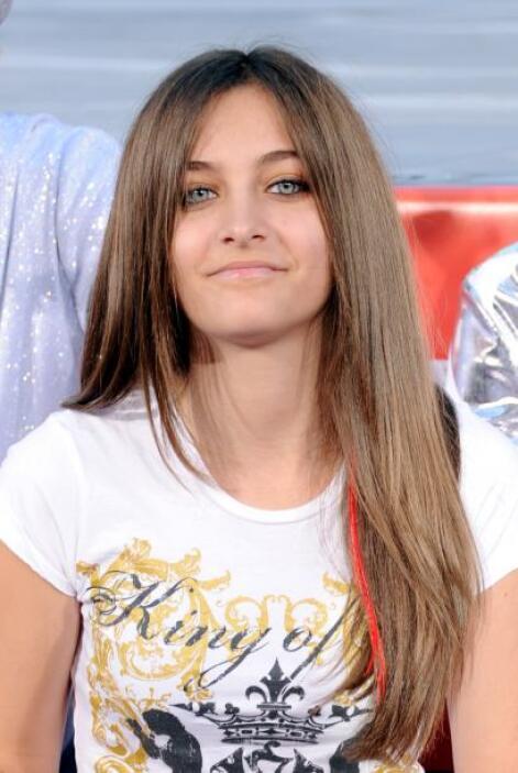 """Paris Jackson, la hija del fallecido """"Rey del Pop"""" Michael Jackson, reve..."""