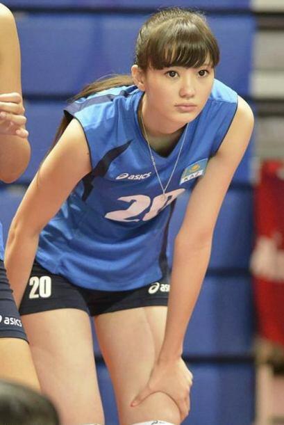 Sabina Altynbekova, jugadora de la selección de Kasajastán...