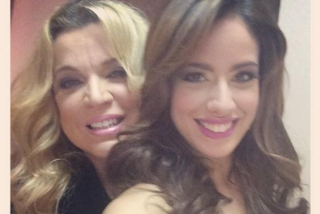 Aleyda compartió una foto con Ednita Nazario y se nota muy feliz.