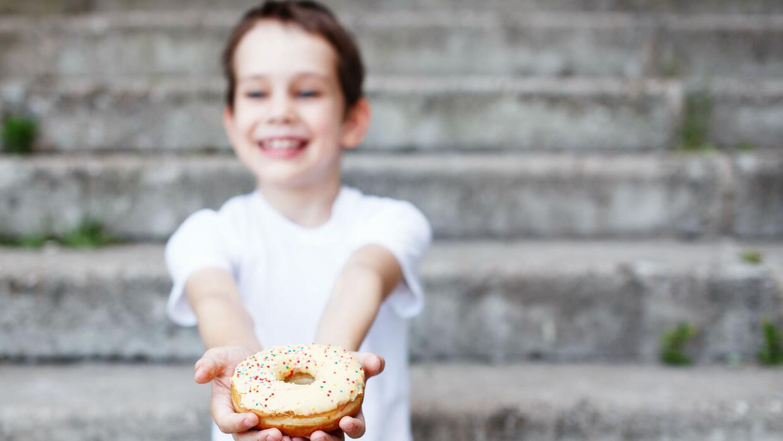 Cómo enseñarle a nuestros hijos a no ser egoístas y compartir con los demás