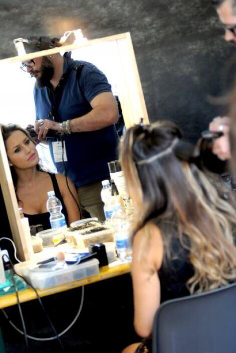 Ella no pierde su belleza, y mucho menos su talento.Mira aquí los videos...