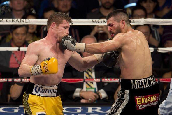 'El Canelo' fue el ganón por decisión unánime ante 'El Perro' Angulo.