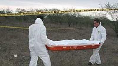 Al menos 51 cadáveres han sido hallados en una narcofosa en Monterrey b3...