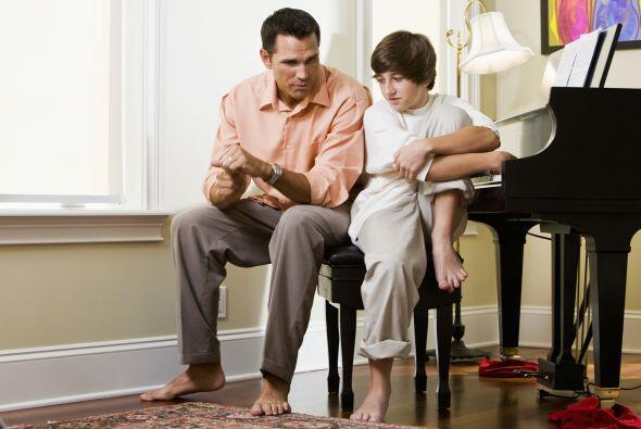 5. Tampoco le justifiques faltas de conducta o asistencia cuando no sean...